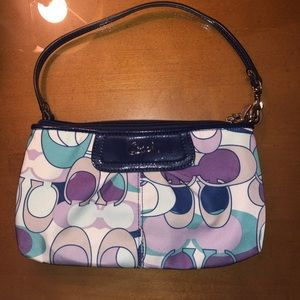 Coach wristlet wallet in great condition